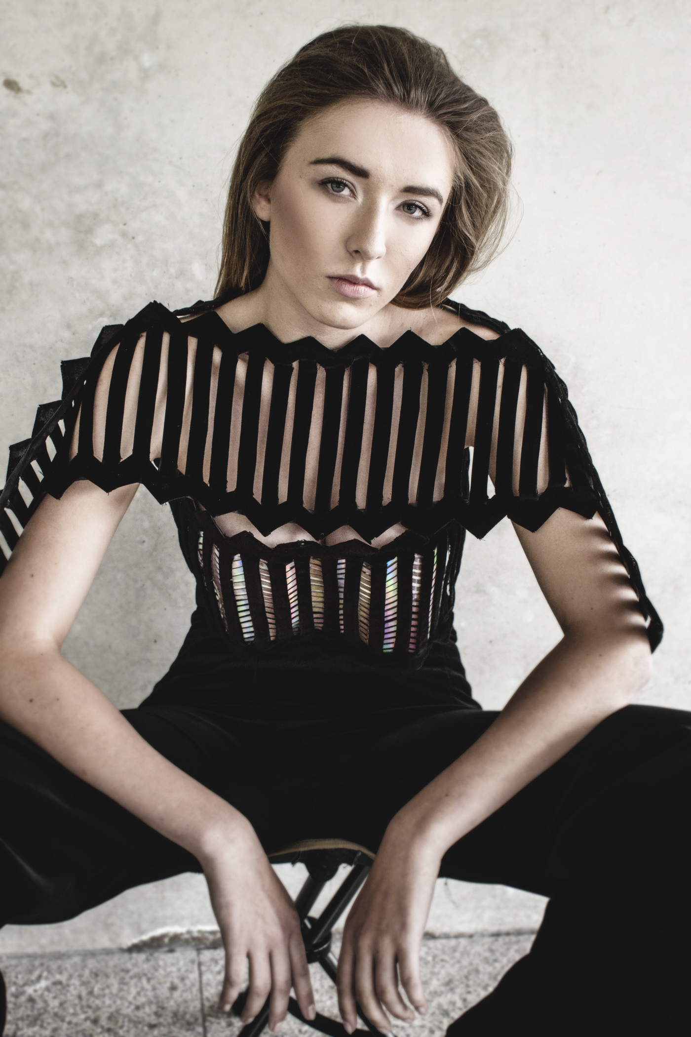 Look 1  Geometrical, laser-cut , velvet top